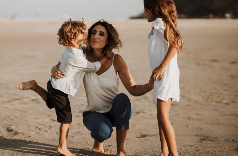 mamma-stringe-i-bambini-iniziare-bene-la-giornata